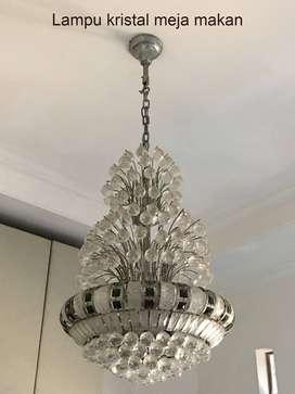Lampu kristal , 1 besar, 2 sedang