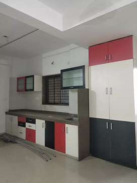 3 BHK semi furnished flat for rent