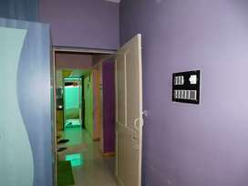 Tenament 2 BHK well maintained vasna road good location must see