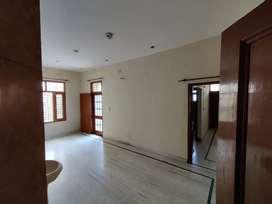 Corner House with balcony and 3bedroom 2bathroom