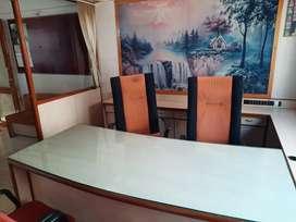 Trikon baug pase furnished office vechvani che