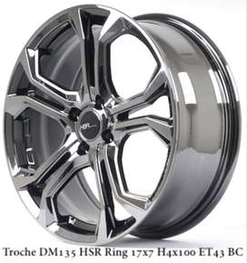 TROCHE DM135 HSR R17X7 H4x100 ET42 BLACK CHROME