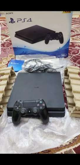 Ps4 Slim bought a month ago