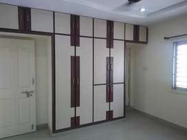 3bhk flat,1550 sft East face, old bowenpally top floor, 66 lac