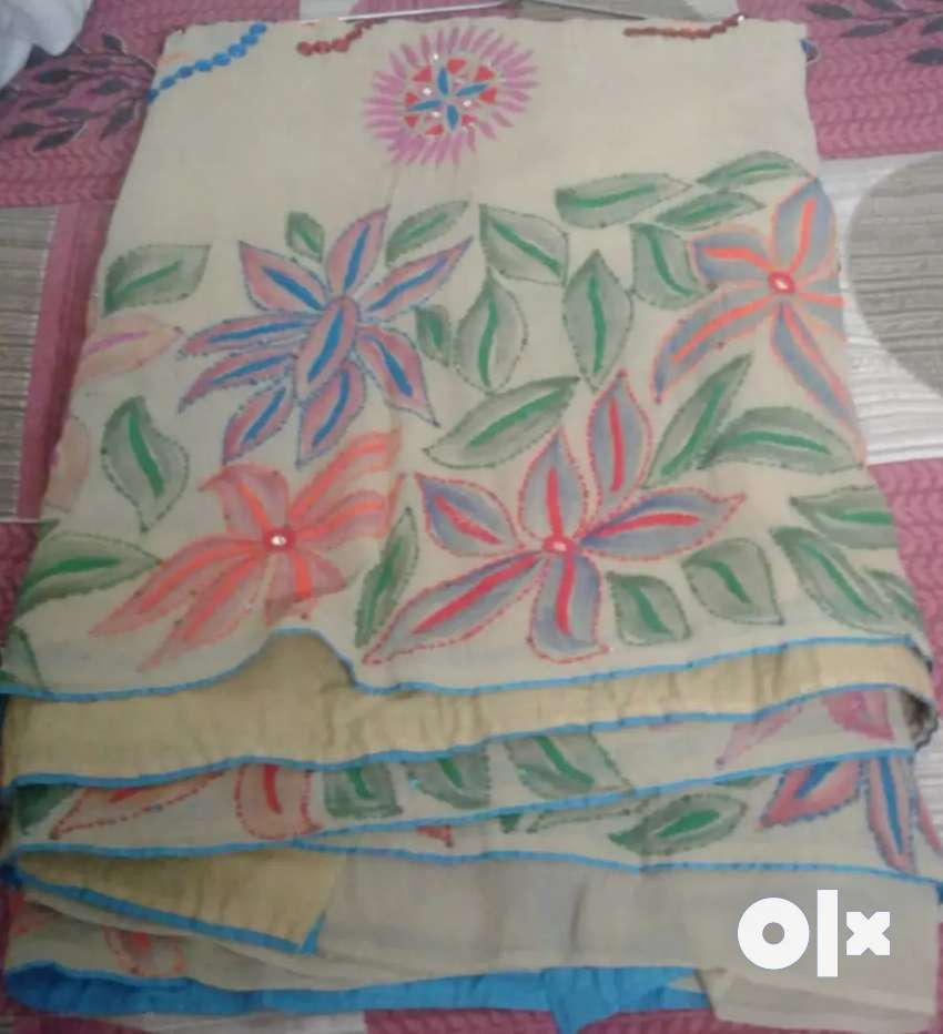 Saree available. 0
