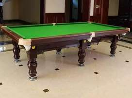 Pool table with complete accessories stick ball set lamp shed 40000
