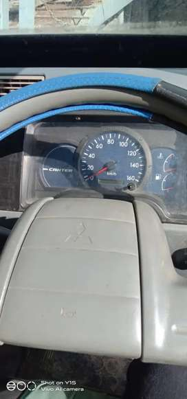 Di jual truk Mitsubishi canter
