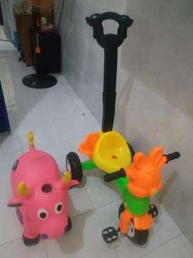 Sepeda anak roda 3 isi tombol lagu dan ayunan banteng