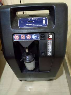 Barely used 10 liter Oxygen concentrator for sale