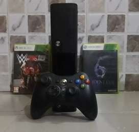 Xbox 360 with 2 original game CD's