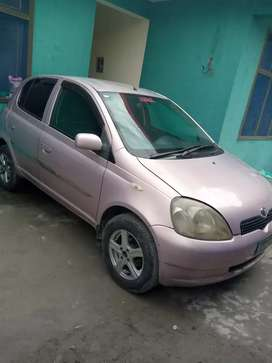 Uses Vitz for Sale