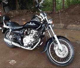Bajaj  Avenger 220 - Black Colour.