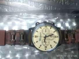 Brand New Round Dial Watch