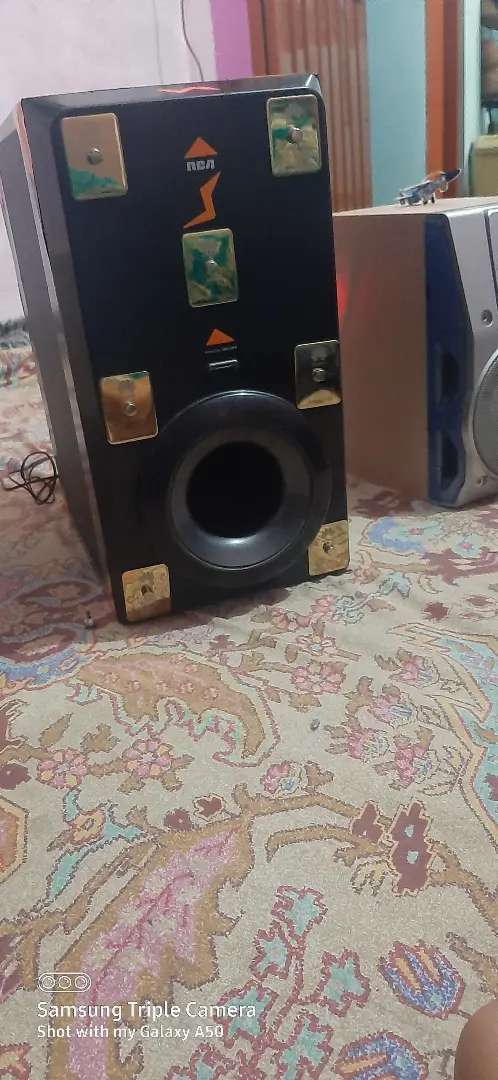 Kenwood subwoofer and speakers