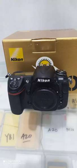 Nikon D300 BO BOX mulus sc 14rb murmer