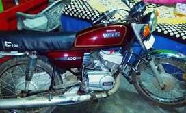 A brand new Yamaha rx100. For real Yamaha lovers.