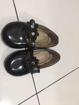 Sepatu little M anak ukuran 24