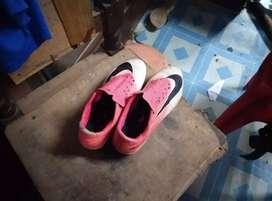 Football shoe ni size 6 ni