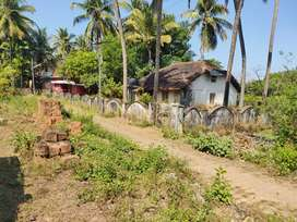 4.6 gutha n/a plot with old style home