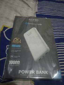 ACMIC Gen᛫3  Real Capacity 10000mAh PowerBank & Dual Quick Charge 3.0