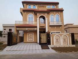 10 marla  brand new house for sale central park housing scheme