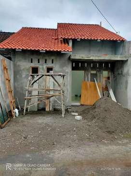 Dikontrakkan rumah Baru grisss 2kt di jl magelang