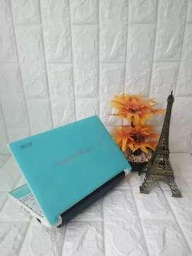 Netbook Acer aspire batrai awet bergaransi