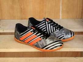Sepatu futsal messi sale no box 38_43