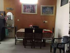 Near airport terminal 2 , ground floor, 7 years old,good condition