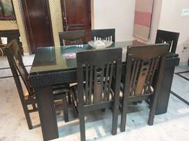 Set of 6 dining table