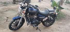 Thunderbird 350 blue