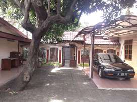 Dijual tanah + rumah kos Utan Kayu  Jakarta Timur