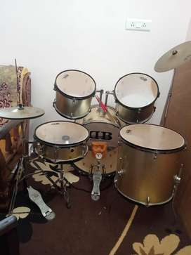 Drum set DB percussions