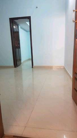 2bhk for rent for bachelors