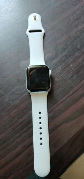 Brand new Apple watch series 6 white 40mm