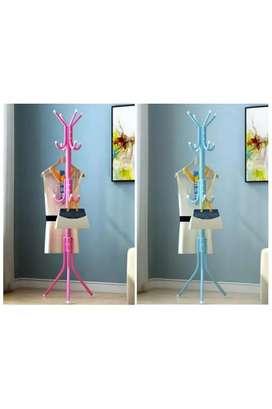 Standing hanger multifungsi