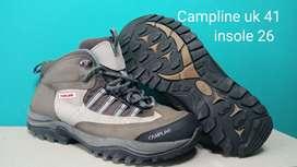 Sepatu outdoor second
