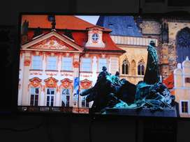 55 inch Smart 4k Led UHD Samsung with 2 years Warranty