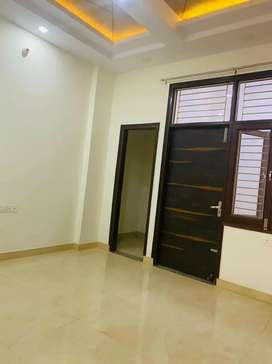Book now 3bhk flat near by Mansarover extension