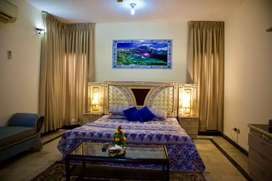 Out Class 500 yard Bangalore fully furnished room available