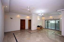 Defence one Kanal Lower portion For rent Near By masjid chowk