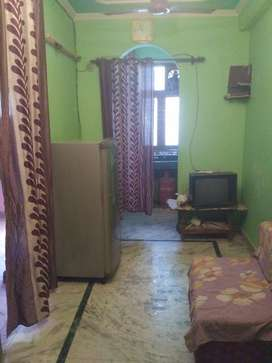 1 BHK A/C furnished Flats for rent in Delhi South Mehruali Rs 11500
