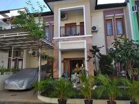 Di sewakan rumah pribadi 2 lantai Jogyakarta