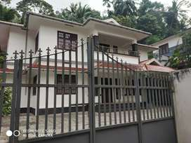 4 b h k house for sale near medical college