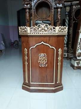 Mimbar masjid al muqtadir jati 39