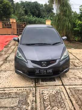 Dijual Honda Jazz RS 2009 matic tritonik