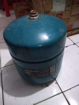 Presure tank jet pump