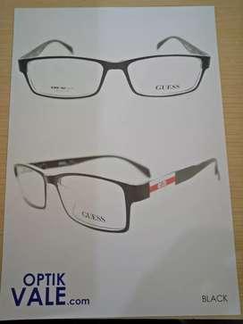 Frame Kacamata Gues Model Kotak Cocok Buat Pria Dan Wanita
