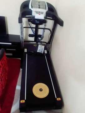 Alat fitness Treadmill