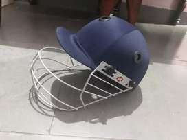 Full Cricket kit youth size (New condition)
